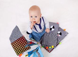 mi-a-kulonbseg-a-szenzoros-integracios-zavar-es-az-autizmus-kozott